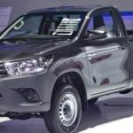 2016-Toyota-Hilux-Revo-Thailand-Black