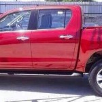2016-Toyota-Hilux-Revo-red-color-side2