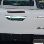 2016-Toyota-Revo-White-closeup